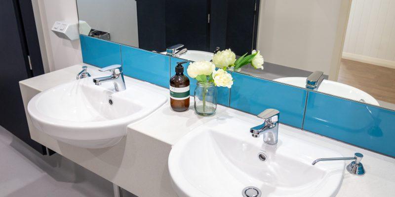 Blue Reef House - Bathroom - Cairns Kangarooms Student Living