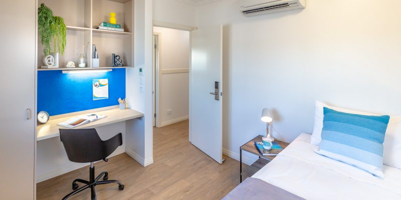 Share Accommodation Cairns University share house student Group - Student Room