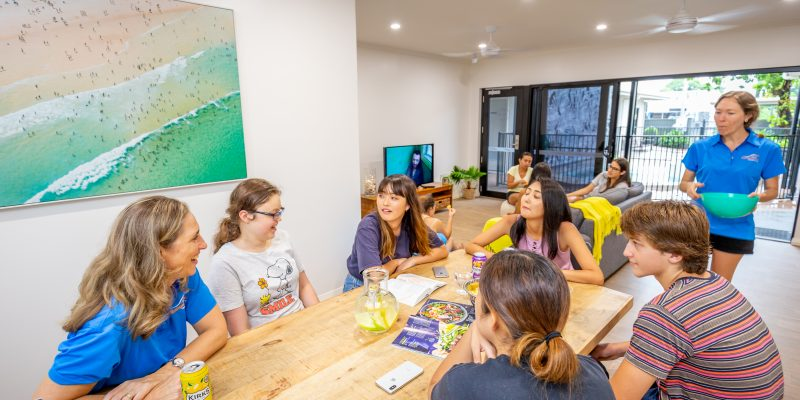 Student Share Accommodation in Cairns | Cairns Kangarooms